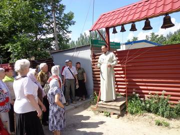 Поездки по святыням Мелитополя продолжаются: ветераны и инвалиды посетили храмы. (07.06.2013)