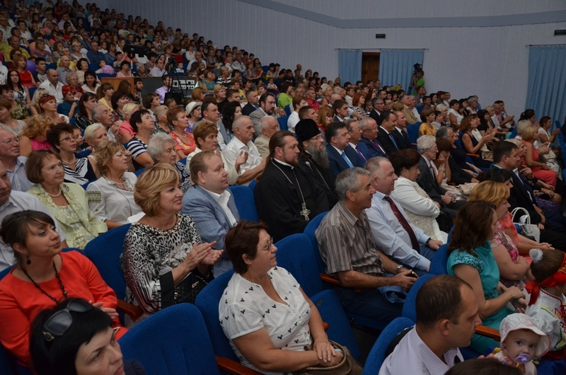 Владыка поздравил мелитопольцев с Днем города (27.09.2015)