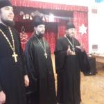 Священники города Мелитополя поздравили детей с праздником святого Николая Чудотворца