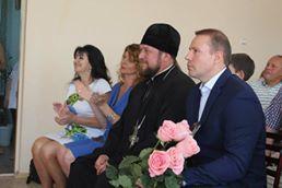 Благочинный Мелитополя поздравил воспитанников и администрацию городского приюта с Днем защитника детей.