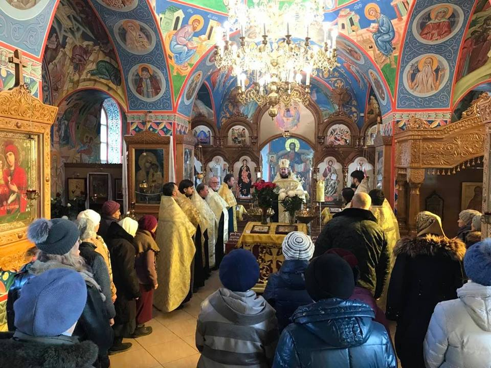 В Мелитополе помолились о мире в Украине и прекращении раздоров.