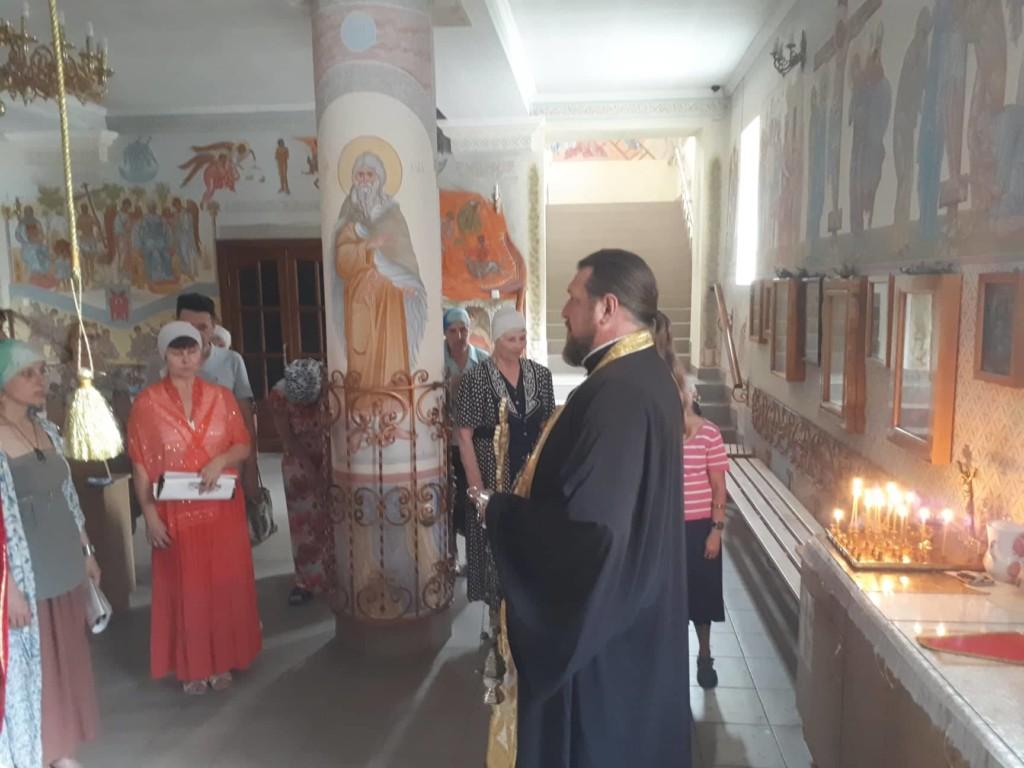 В храмах Мелитополя помолились о павших в первые дни Великой Отечественной Войны.