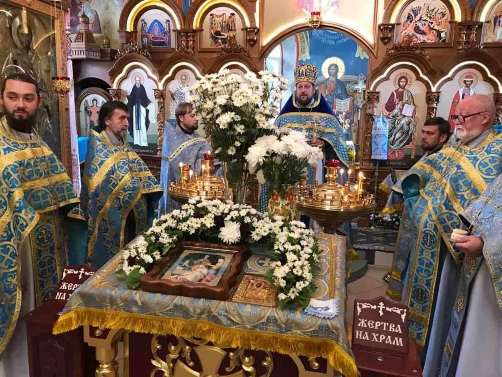 Ключарь кафедрального собора города Мелитополя соборной службой отметил свой День Рождения.